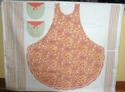 Antique Treasure Apron Panel - 100% Cotton Druck